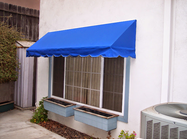 CANVAS/ FABRIC AWNINGS - awning3.JPG