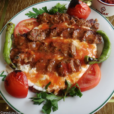 CarouLLou.com-Carou-LLou-in-Istanbul-yogurt-lamb++