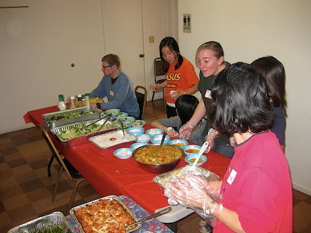 2010 Feeding the Homeless - Walteria - IMG_3135.JPG