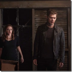 5x10_There_in_the_Disappearing_Light-Hope-Klaus