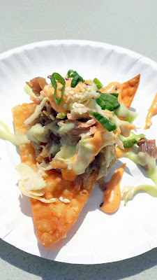 Eat Mobile 2014 - The People's Choice award went to 808 Grinds for their kalua pig on crispy wonton with Asian Slaw.