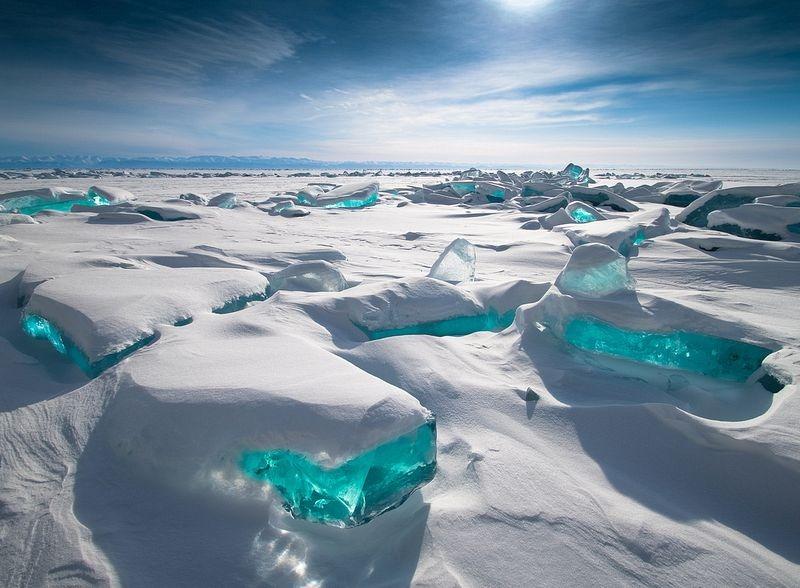 lake-baikal-ice-3