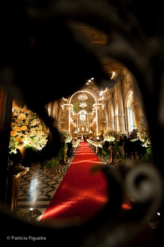 Foto de casamento 0853 de Ana e Joao. Marcações: 29/10/2011, Casamento Ana e Joao, Igreja, Igreja Sao Francisco de Paula, Rio de Janeiro.