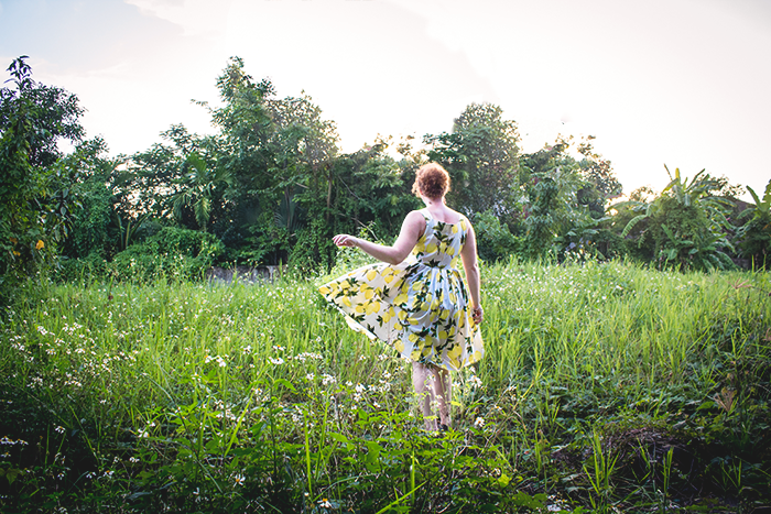 Retro 50s summer style & a lemon print dress | Lavender & Twill