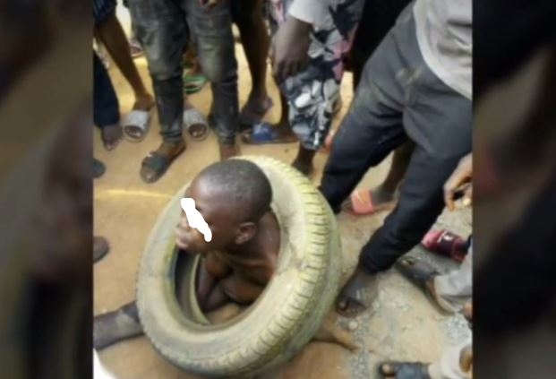 Suspected Kidnapper Narrowly Escapes Jungle Justice In Lagos (Photos)