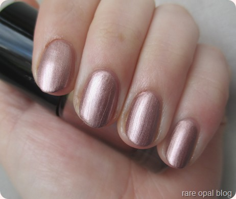 Catrice Ultimate Nail Lacquer Go For Gold (Rose Gold Nail Polish)