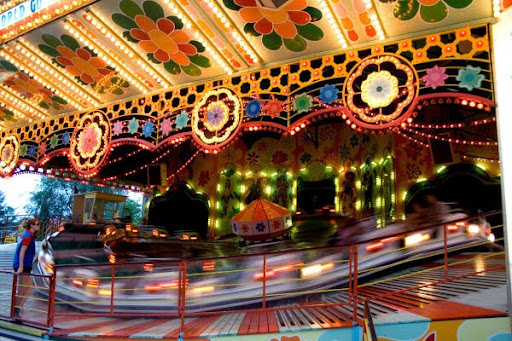 Musik Express | Adventureland Amusement Park Long Island, NY