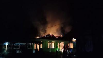 Masjid Asshalihin Nanga Koman Terbakar