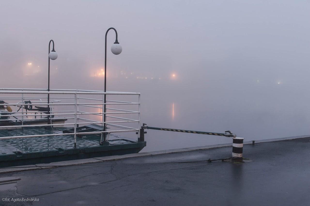 Słońce wstało. Wisła o poranku w Krakowie. Fotografia Agata Bednarska