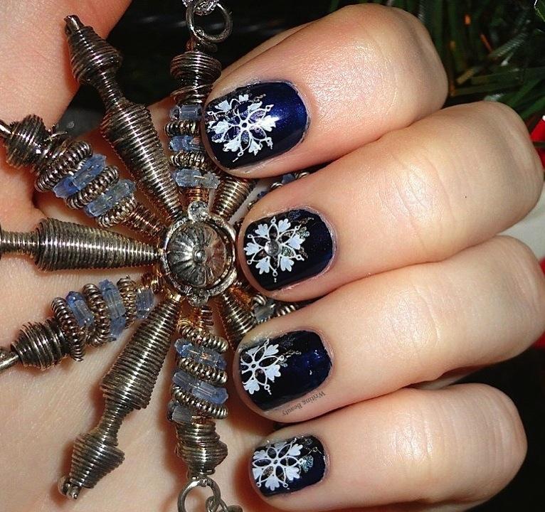 Shimmering Snowflakes nail art 1