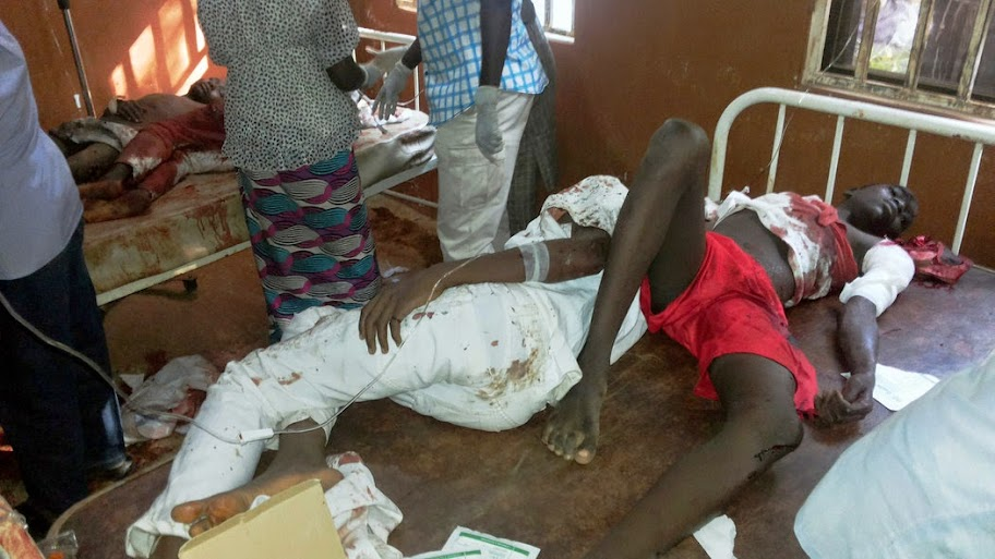 Nigeria: Dozens killed at school in bomb blast