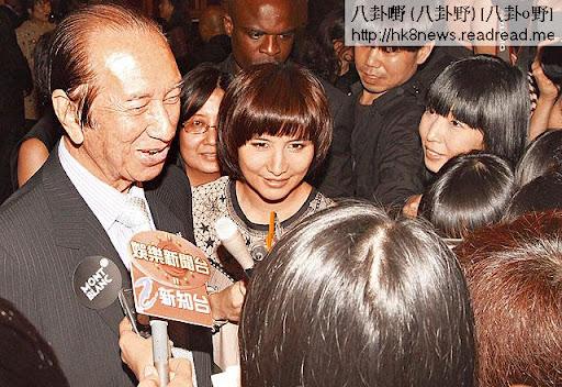 訪問何鴻燊,黎芷珊這位姪女一定最易埋身。《蘋果日報》圖片
