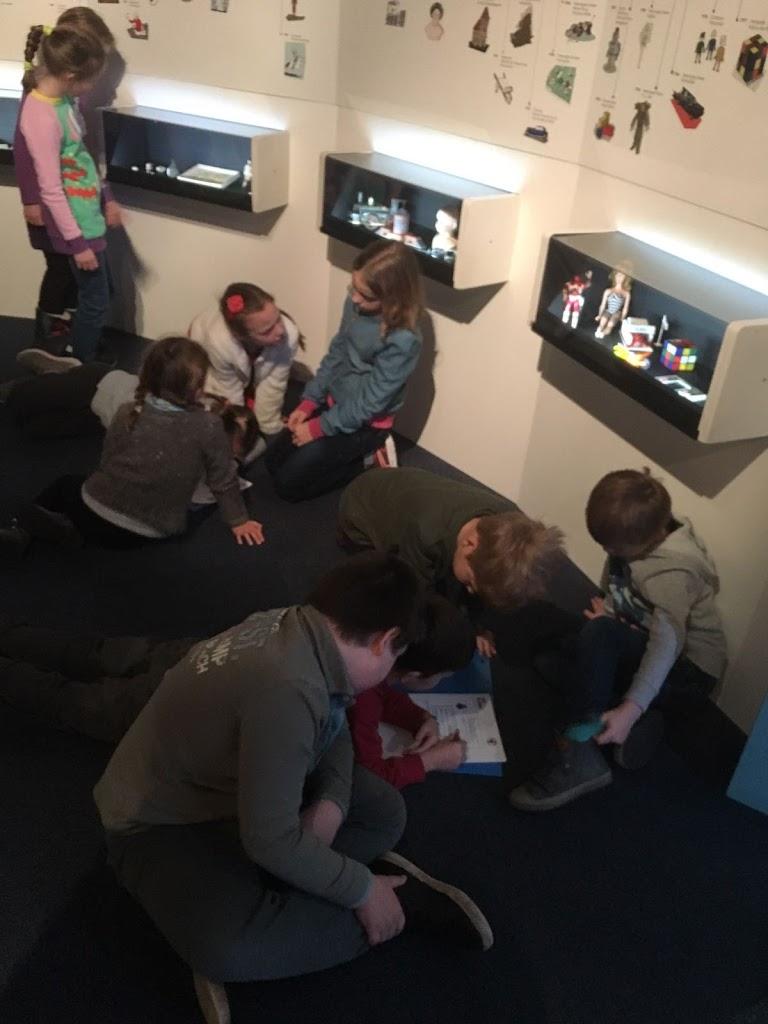 De Knetters gaan naar het speelgoedmuseum - IMG_5790.JPG