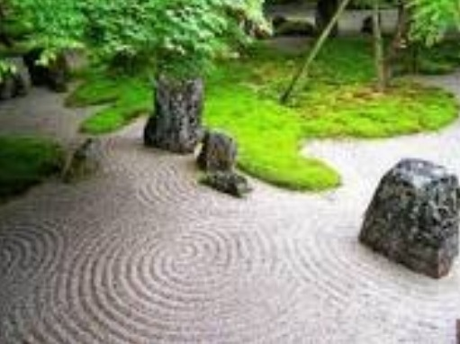 llamémosla hache: 150 palabras (piedras, flores y palo). EuroJapan