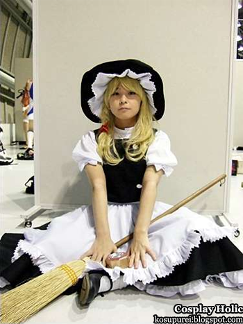 touhou project cosplay - kirisame marisa 3