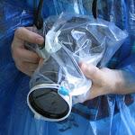 Перед поездкой на корабле к водопадам камеру стоит защитить хотя бы простым пакетом Ziplock