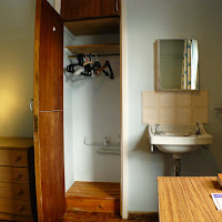 Room 15-Desk2