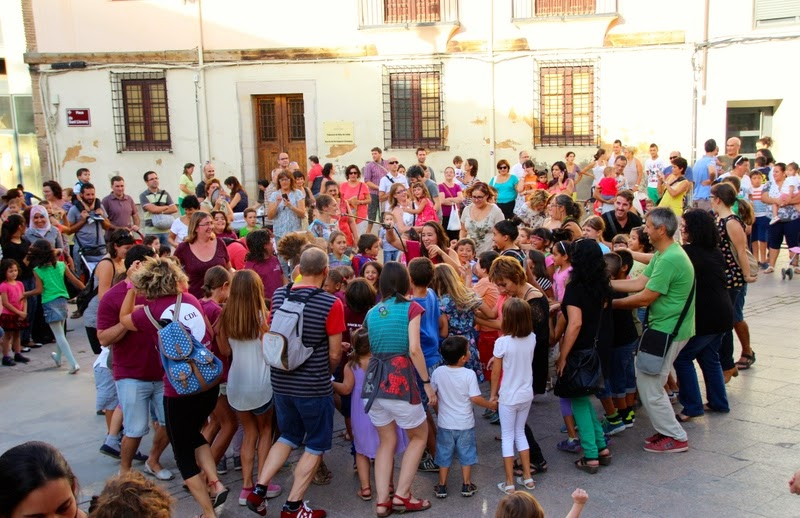 Festa infantil i taller balls tradicionals a Sant Llorenç  20-09-14 - IMG_4250.jpg
