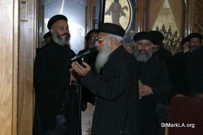 Pope Shenouda visit to St Mark - 2005 - pope_shenouda_at_st_mark_7_20090524_1100889278.jpg