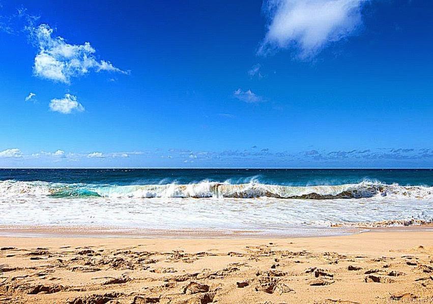 Bodysurfing at Sandy Beach  UnrealHawaii
