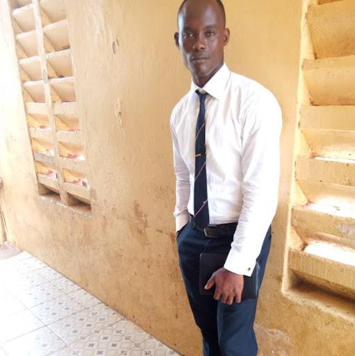 user Manfred A Kargbo apkdeer profile image