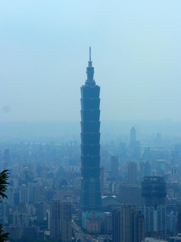 Taipei. Si Shou Shan, et la découverte des maisonnettes du professeur Y I   易教授 - P1340808.JPG
