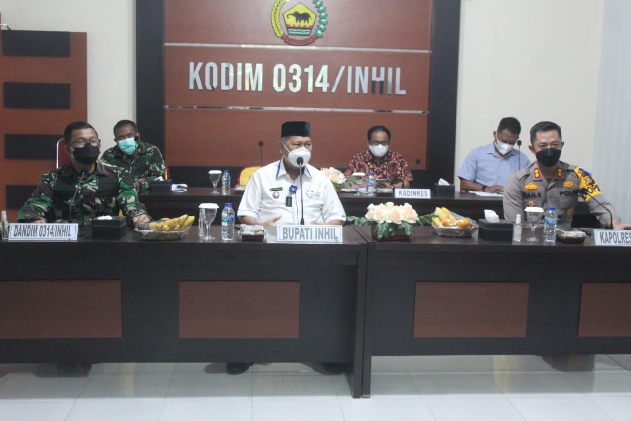 Dandim 0314 dan Forkopimda Kabupaten lnhil Rapat Via Video Conference Dengan Panglima TNI, Kapolri, BNPB dan Kabakharkam Polri