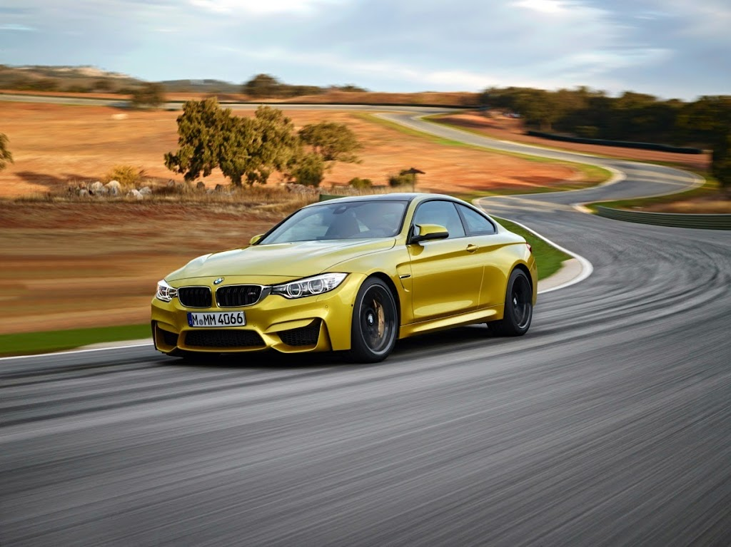 2015 BMW M4 Coupe 09