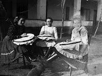 Az 1870-es években a kézimunkázás virágzó házi ipar volt Hetényen.jpg