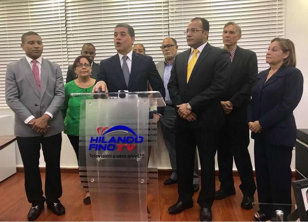 "Instituto Dominicano de Periodismo lanza programa ""IDP TV"" por el canal Hilando Fino TV"