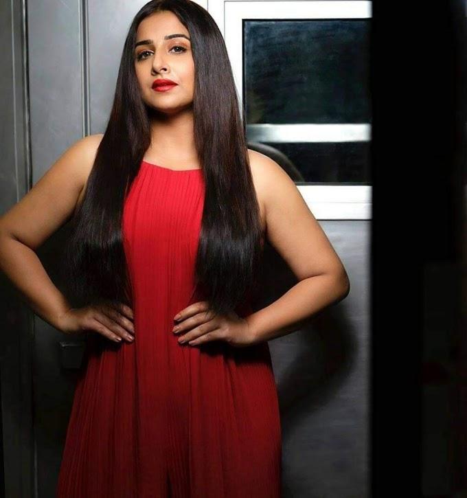 Vidya Balan Dressed like College Girl