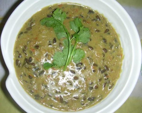 Daal Makhni (black Gram In Butter And Creme) Recipe