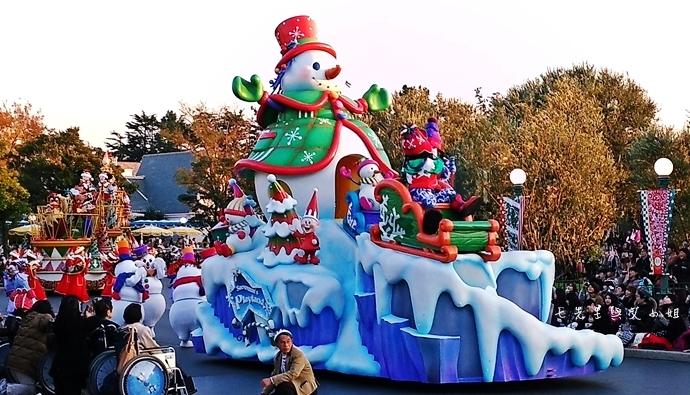 18 迪士尼聖誕村大遊行幸福在這裡夢之光大遊行