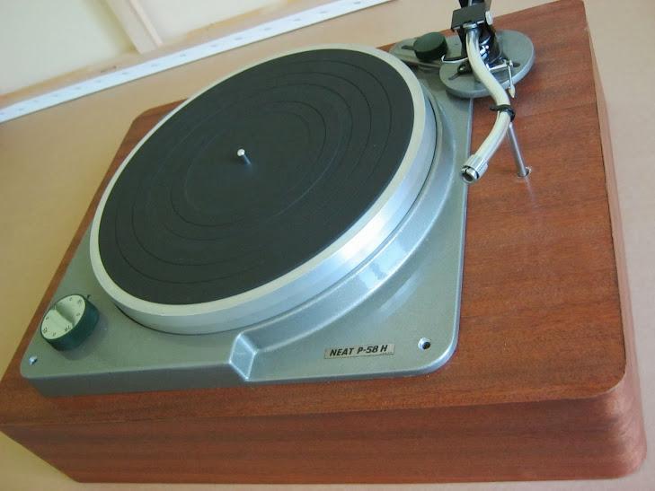 socle de platine vinyle neat p58h page 4 le forum audiovintage. Black Bedroom Furniture Sets. Home Design Ideas