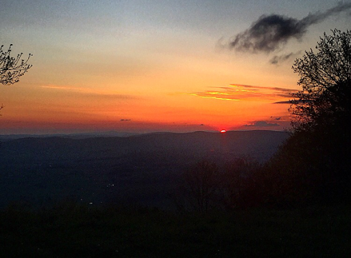 Sunrise from Chestnut Knob