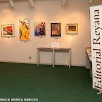 98: Exposición artística, de materiales y guitarras... colorida y musical.