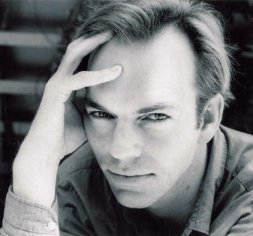 Hugo+Weaving+portada
