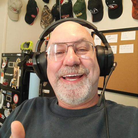 user Guy Quigley apkdeer profile image