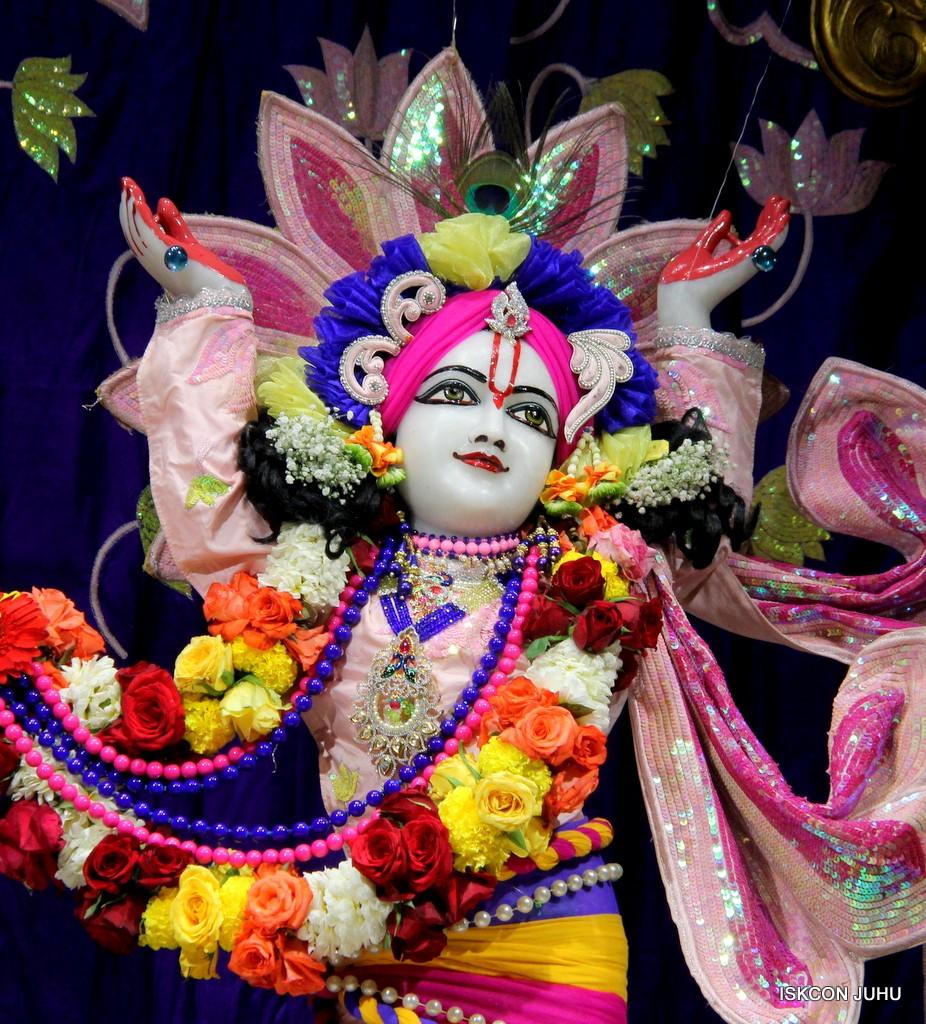 ISKCON Juhu Sringar Deity Darshan 5 Jan 2017 (38)