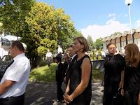 Balról Dolník Erzsébet, Kassai Gyula és Nagy Andre a gyászmenetben.JPG
