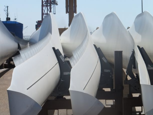 La francesa VINCI SA conectará los controvertidos proyectos energéticos del Sáhara Occidental ocupado a la red eléctrica de Marruecos.