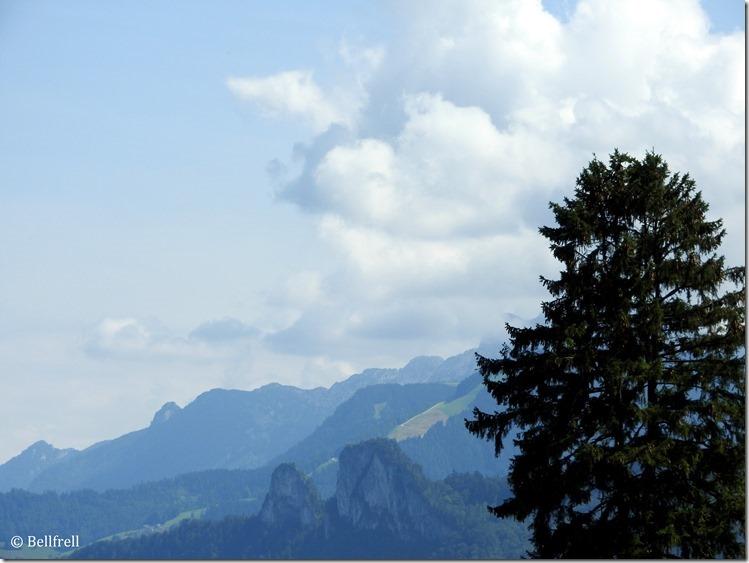 Blick auf Gebirge 2