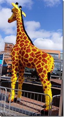 17 lego giraffe
