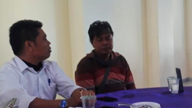 Foto: Ilham Maulana (kiri). Soal Usulan Anggaran Perjalanan Dinas ke Luar Negeri, DPRD Kota Padang Pertanyakan Realisasi Target PAD.