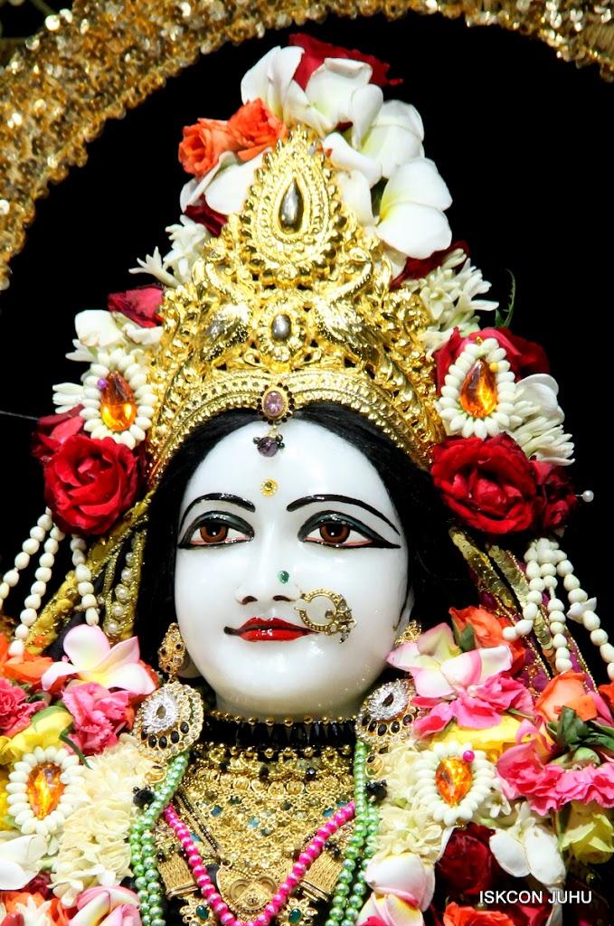 ISKCON Juhu Sringar Deity Darshan 09 Apr 16 (25)