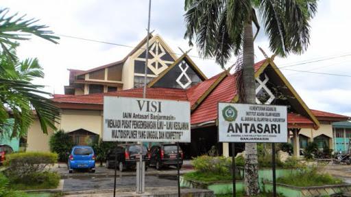 Larang Cadar, Mahasiswa Kalsel di Jakarta Tuding