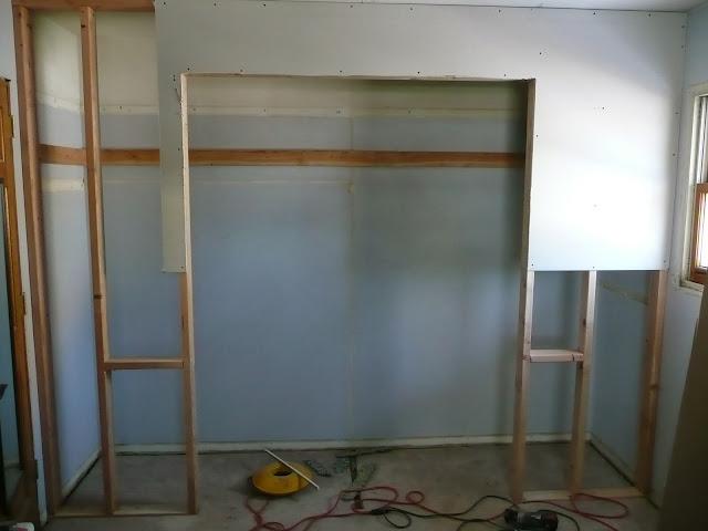 Carpentry/Drywall/Paint/Wauwatosa - P1010496.JPG