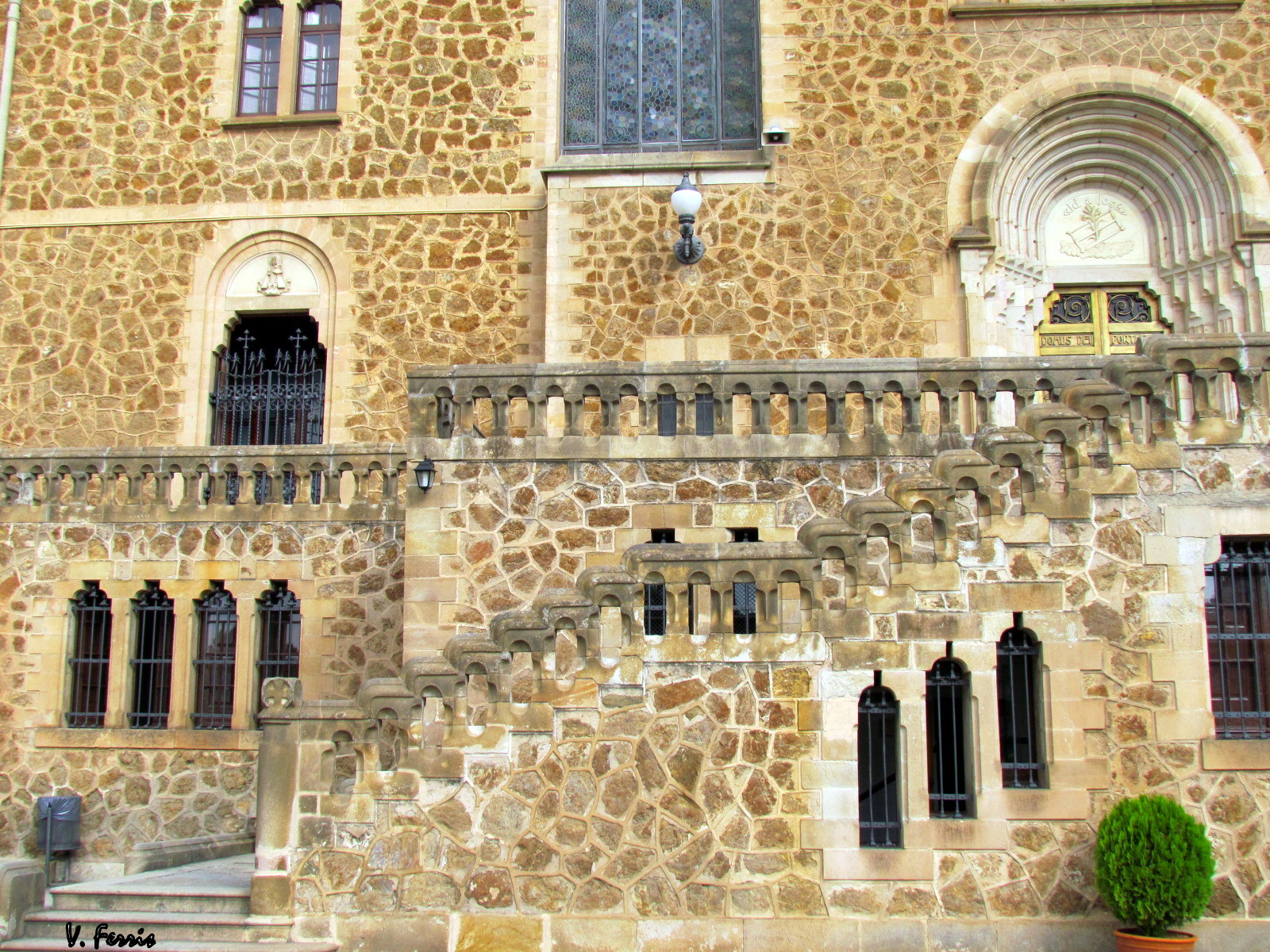 Santuario de sant josep de la muntanya barcelona modernista - Barcelona san jose ...