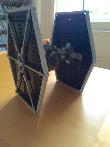 Star Wars Lego Tie-Fighter