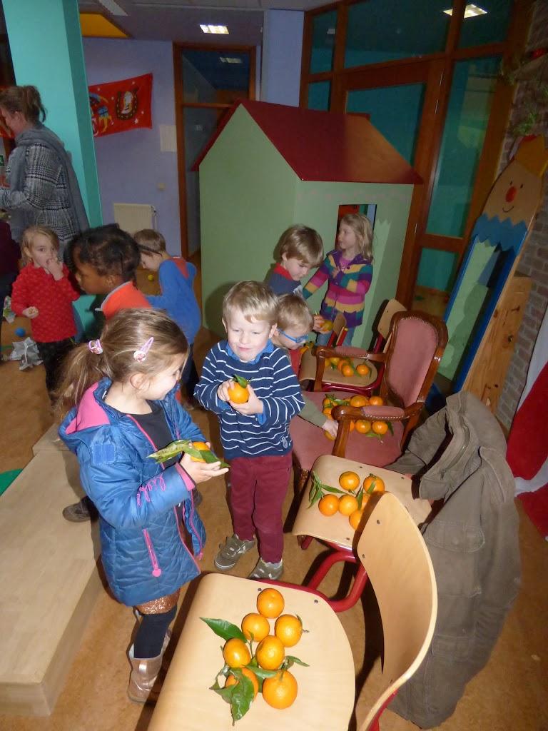 Sinterklaas op bezoek - P1060421.JPG